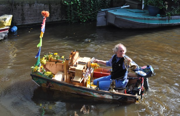 Amsterdam- Boat Guy