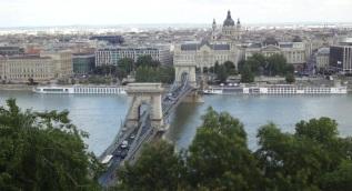 Budapest: Chain Bridge 1
