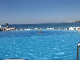 Croatia- Split- Le Meridien Lav Hotel Infinity Pool 1