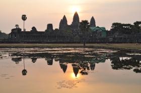 Cambodia - Angkor Wat - Sunrise Candle 1